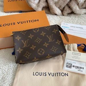 Louis Vuitton Toiletry Pouch 15